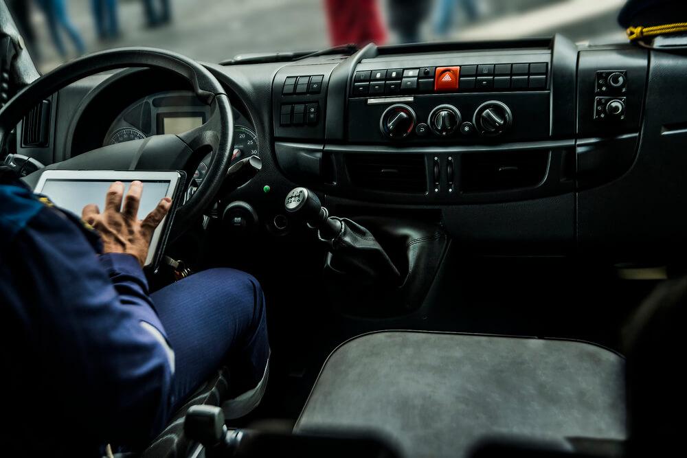 veja-os-melhores-aplicativos-para-voce-motorista-de-caminhao.jpeg